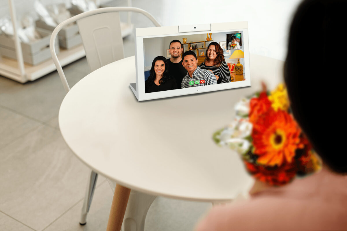 Interactive Tablet, Family and Friends, Connect, concierge tablet, long term care, videoconferencing, interactive resident tablet, resident tablet